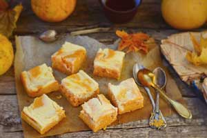 Тыквенный пирог с творожным сыром
