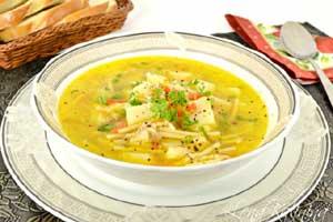 Суп с куриной тушенкой и вермишелью